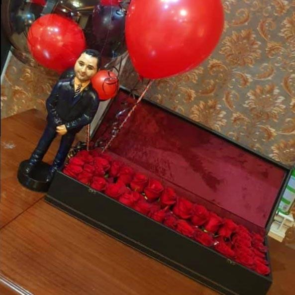 باکس گل رز قرمز 40 شاخه با جعبه مستطیل مشکی