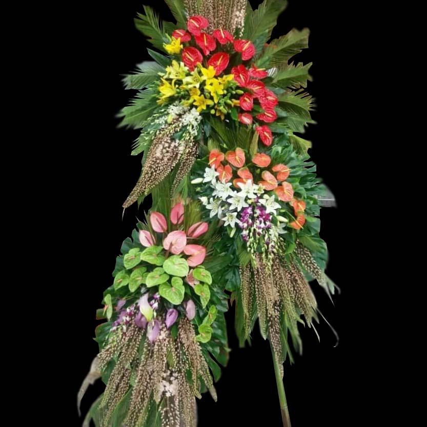 تاج گل سه طبقه فانتزی عرض تبریک نمایشگاهی برای افتتاحیه نمایشگاه تهران