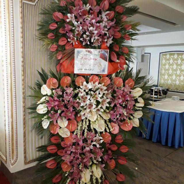 تاج گل طبیعی عروسی سه طبقه پیوندتان مبارک