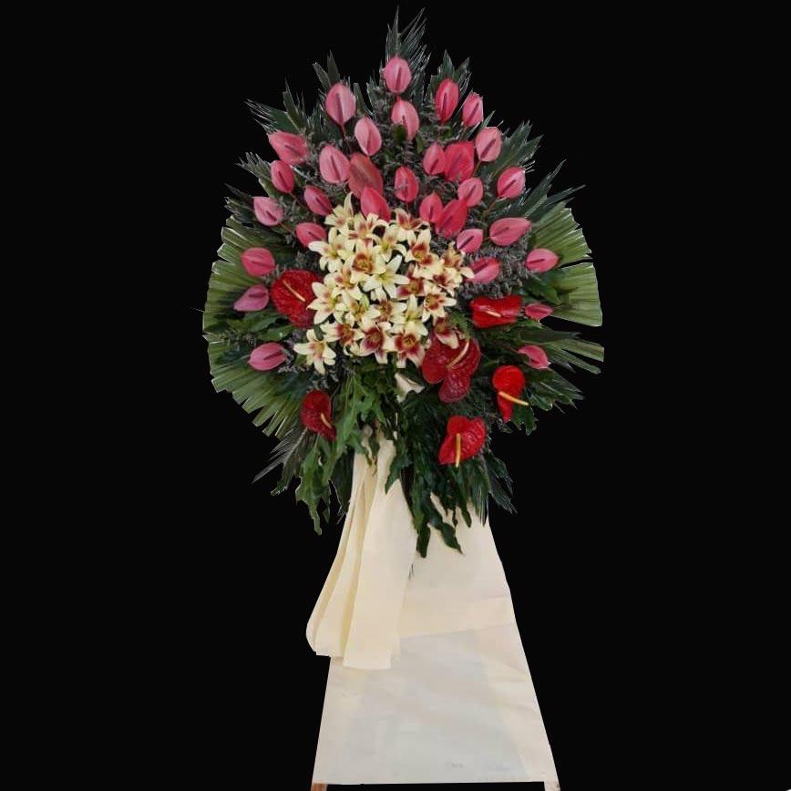 تاج گل یک طبقه با گل های انتریم اوریانتال