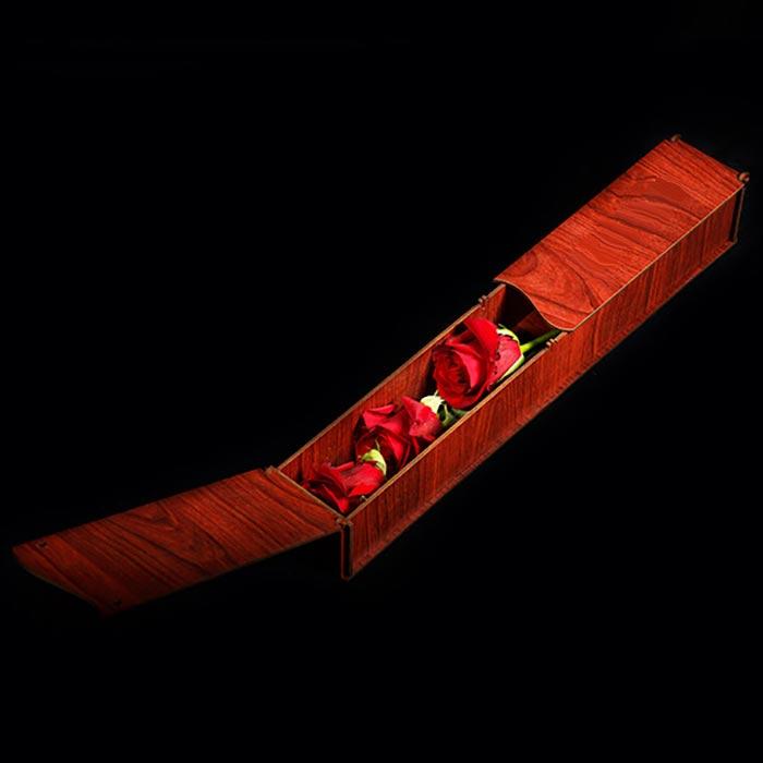 جعبه گل سرخ سه شاخه رز هلندی