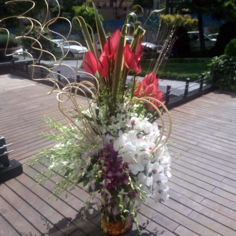 دسته گل تزیینی رنگارنگ