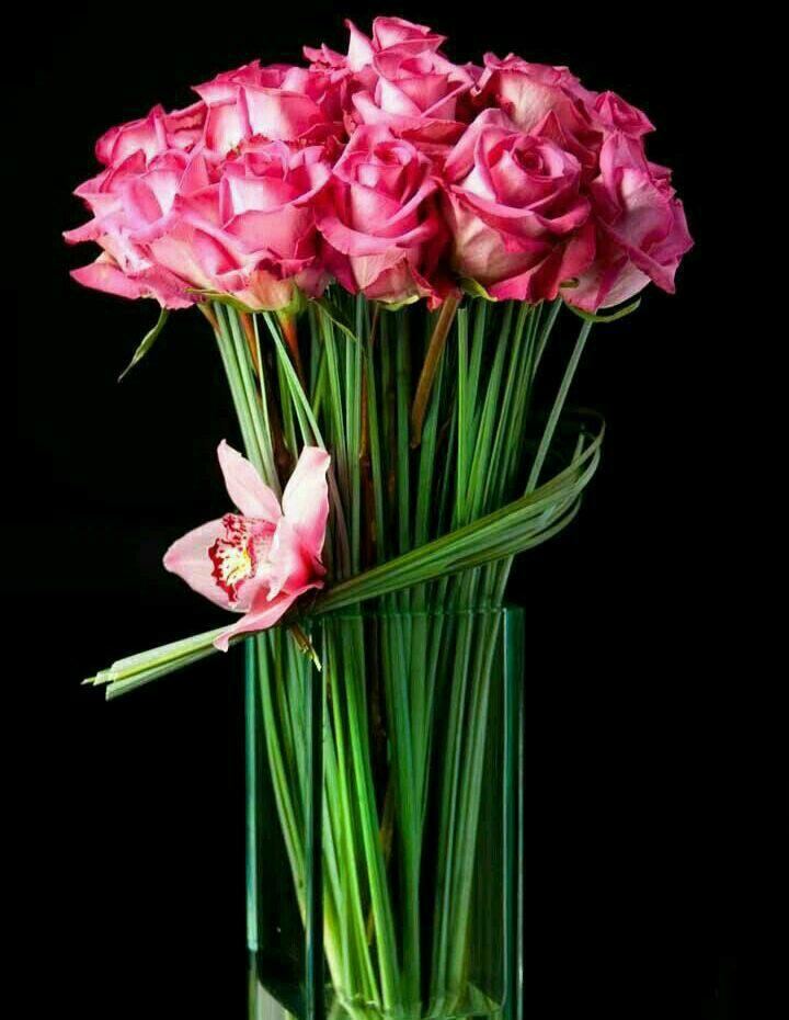 دسته گل رز صورتی ساده عروس