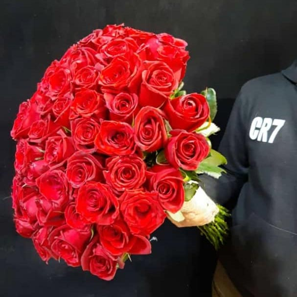 دسته گل رز قرمز 30 شاخه بزرگ