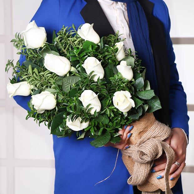دسته گل هدیه رز سفید