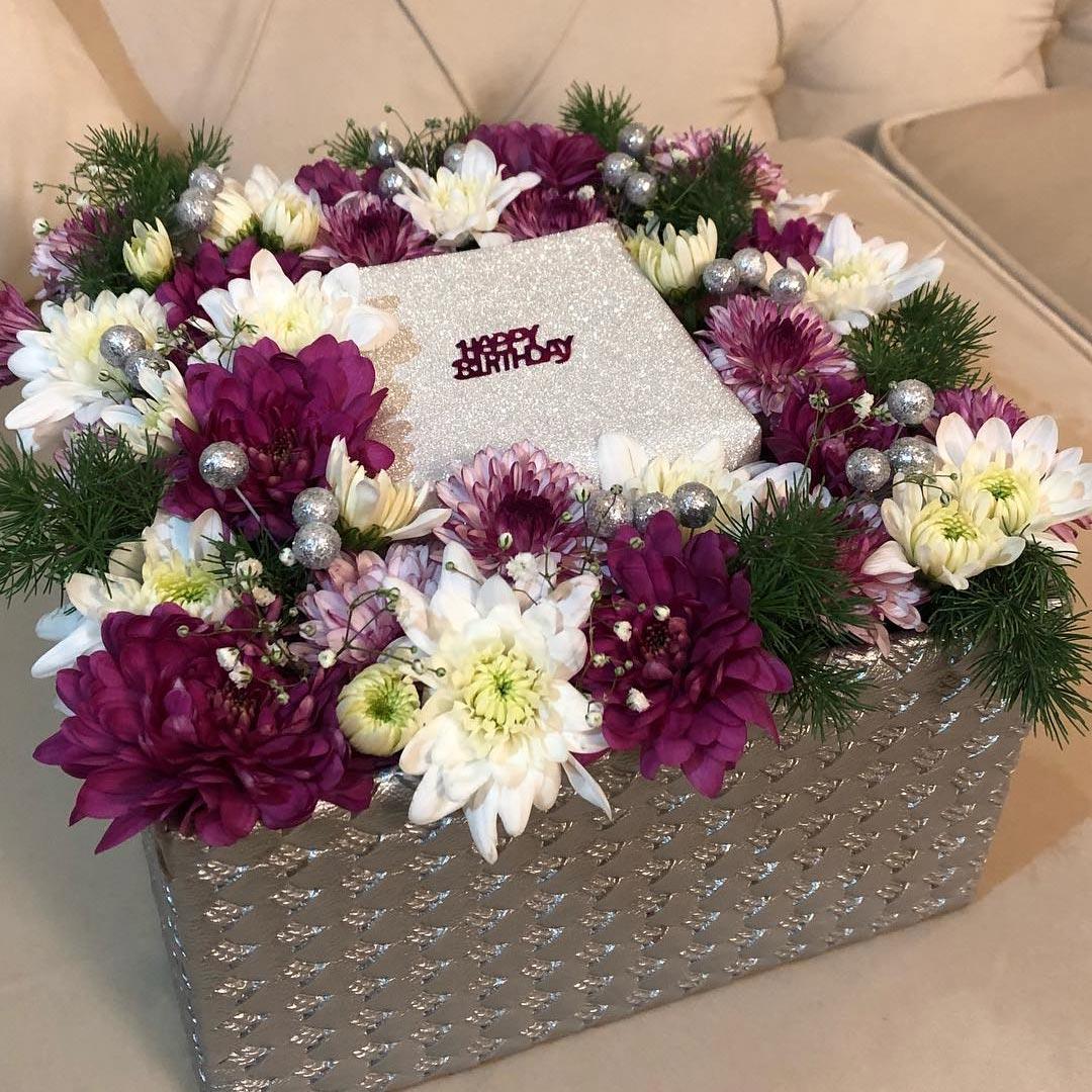 سفارش گل سورپرایز تولد جعبه ای