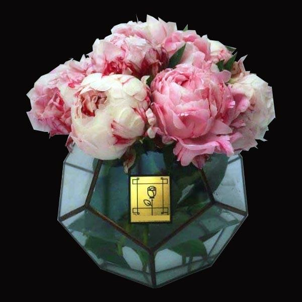 گلدان شیشه ای گل پیونی